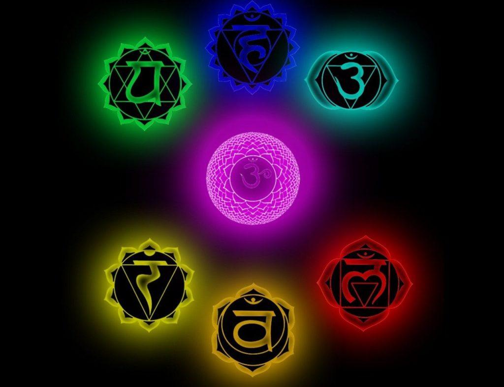 больше символы чакр фото качающиеся камни разных